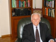 """Astrit leka ne moshen 88 vjecare , festone ne Vlore diten e pavarsise, shkruan gazeta """"LIBERAL""""- Itali"""