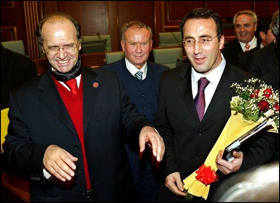 Foto nga jeta dhe vepra e Dr. Rugoves! - Faqe 7 U2_rugova%20haradinaj