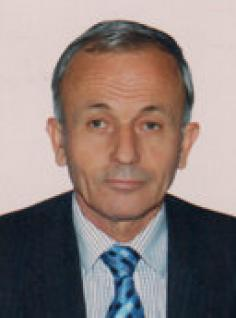 """Kryeherët, qyshse në vitet '90, Lulzim Basha, asokohe gjimnazist i """"Sami Frashërit"""" në Tiranë, mori pjesë në manifestime, protesta e veprimtari të Partisë ... - u2_ramiz_lushaj_503685239"""